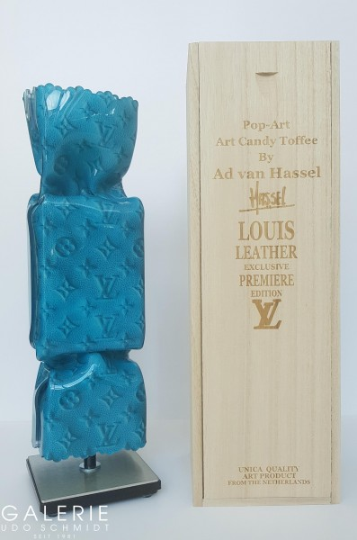 Art Candy Toffee: Louis Leather